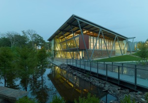Hillary Clinton Children' s Library and Learning Center (photo courtesy of Polk Stanley Wilcox)
